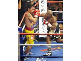 Pacquiao on the ropes 3250