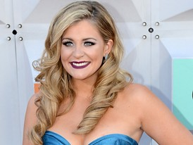 Country Star Lauren Alaina Comes to the ACM Awards in Las Vegas