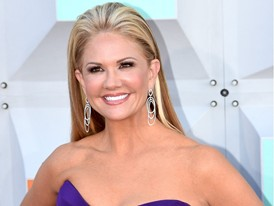 Country Star Nancy O'Dell Walks the Red Carpet at the ACM's in Las Vegas