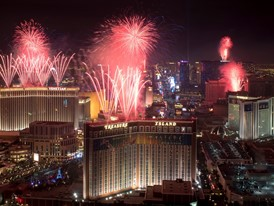 Las Vegas Welcomes 2017 with Fireworks Extravaganza