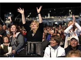 Fans at Alan Jackson concert