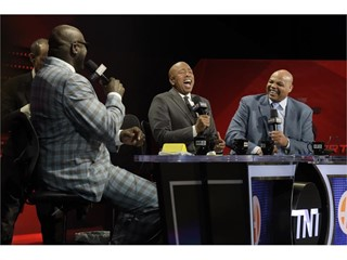 Shaquille O'Neal, Kenny Smith and Charles Barkley
