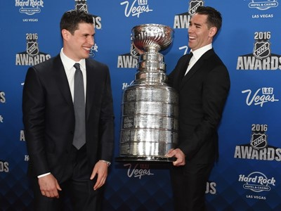 Red Carpet: NHL Awards in Las Vegas Celebrate League's Top Players