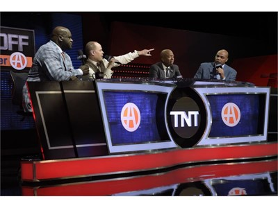 Shaquille O'Neal, Ernie Johnson, Kenny Smith and Charles Barkley