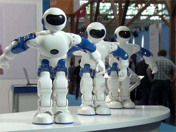 AUTOMATICA 2016 –  In the Fast Lane