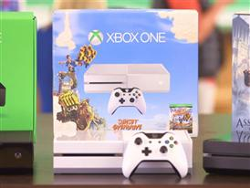 "Xbox One Special Edition ""Sunset Overdrive"" Bundle B-roll"
