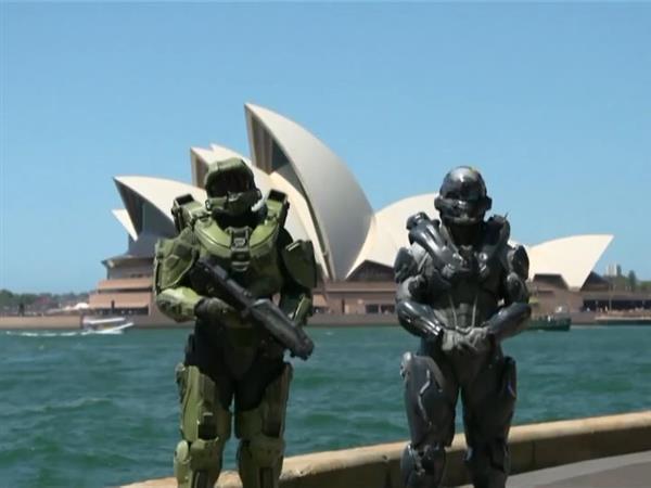 "Xbox Halo 5 ""Guardians"" Global Launch"