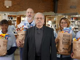 Letter Carriers' Stamp Out Hunger® Food Drive Spanish :30