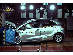 Kia Rio - Crash Test 2011