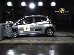 Peugeot 208 - Crash Test 2012
