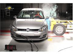VW Golf - Crash Test 2012