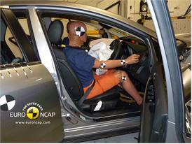 Mazda CX-7 - Driver crash test
