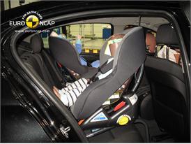 BMW 5-Series - Child Rear Seat creash test
