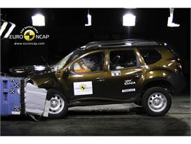 Dacia Duster – Front crash test