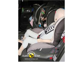 Citroen DS4 – Child Rear Seat crash test