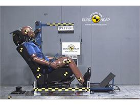 Citroen DS5– Whiplash crash test