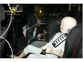 Citroen DS5– Child Rear Seat crash test