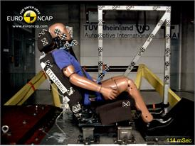 CHEVROLET Orlando – Whiplash crash test