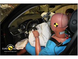 Mercedes M-Class – Driver crash test