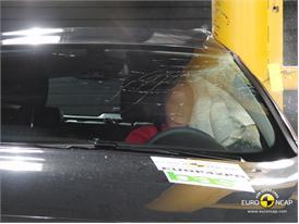 OPEL Vauxhall Astra GTC – Pole crash test