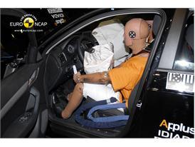 Audi Q3– Driver crash test