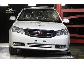 Geely Emgrand EC7– Pole crash test
