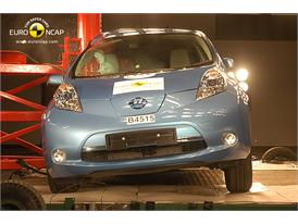 Nissan Leaf – Pole crash test