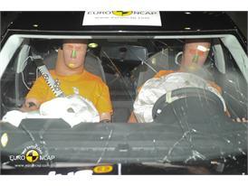 Skoda Rapid Frontal crash 2012 – Driver