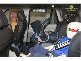 Range Rover Child Rear Seat crash test 2012