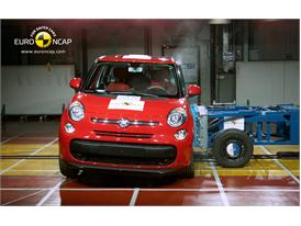 FIAT 500L Side crash test 2012