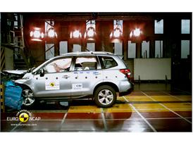 Subaru Forester Frontal crash test 2012