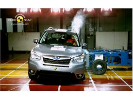 Subaru Forester Side crash test 2012