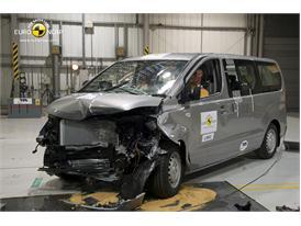 Hyundai H-1 - Frontal crash 2012 - after crash