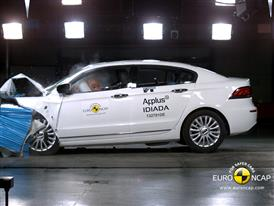 Qoros 3 Sedan  - Frontal crash test 2013