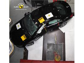 Mercedes-Benz CLA Class - Pole crash test 2013 - after crash