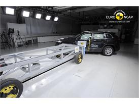 Jeep Cherokee -Side crash test 2013 - after crash