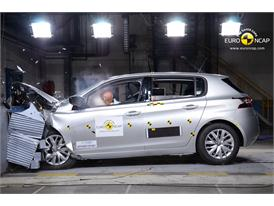 Peugeot 308  - Frontal crash test 2013