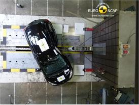 Nissan Note - Pole crash test 2013 - after crash