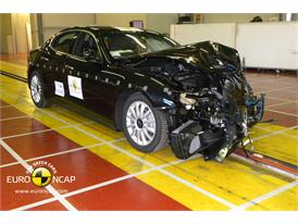 Maserati Ghibli - Frontal crash test 2013 - after crash