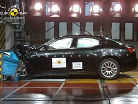 Maserati Ghibli  - Frontal crash test 2013