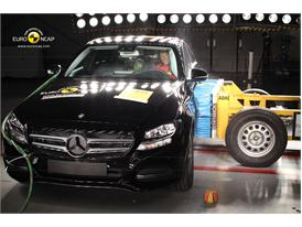 Mercedes C-Class - Side crash test 2014