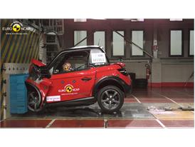 Tazzari ZERO   - Frontal crash test 2014