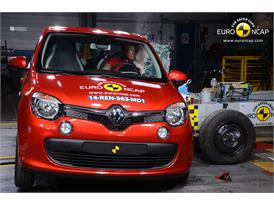 Renault Twingo  - Side crash test 2014