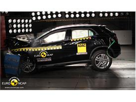 Mercedes-Benz GLA-Class  - Frontal crash test 2014