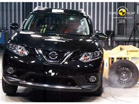 Nissan X-Trail 2014 Side