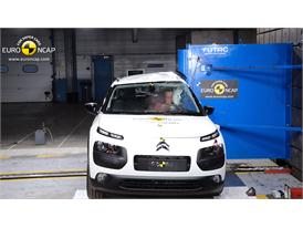 Citroën C4 Cactus - Pole crash test 2014
