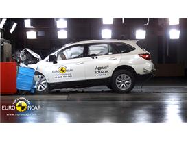 Subaru Outback  - Frontal crash test 2014
