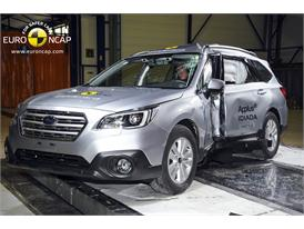 Subaru Outback  - Pole crash test 2014 - after crash