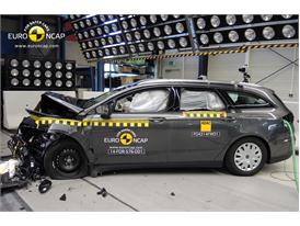 Ford Mondeo - Frontal crash test 2014 - after crash