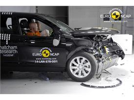 Land Rover Discovery Sport - Frontal crash test 2014 - after crash